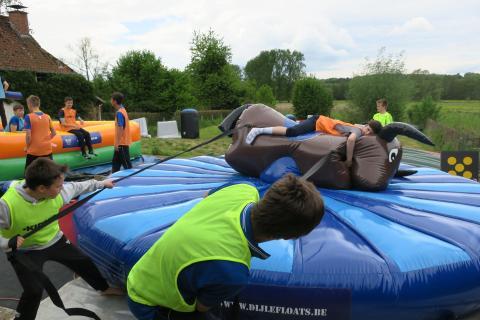 Vijf Jaar Dijle Floats Feest, Inflatable Games Day op zondag 5 april 2020