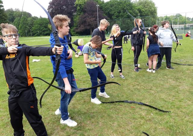 Sportdag Hunger Games bij Dijle Floats