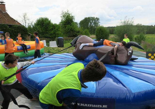 Battle Games Feestje By Dijle Floats