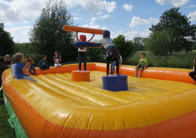 Jump & Fight Feestje @ Dijle Floats